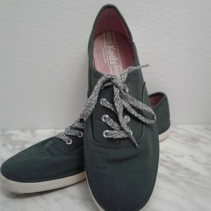 KEDS Green Canvas Sneakers